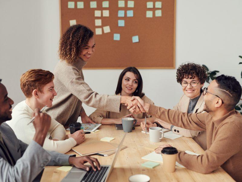 Jak skutecznie zarządzać zespołem w pracy